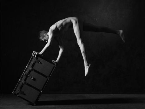 Balance in the nude by tlamp
