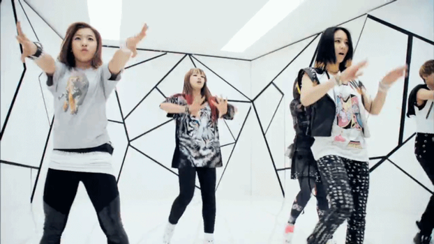 [GIF] #4yearswithfx: f(NU ABO) Era by imawesomeee03
