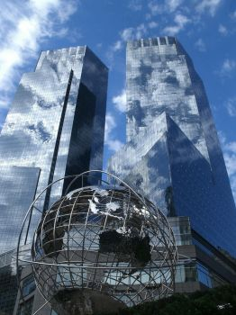 Globus on the Columbus Circle in New York City by 666-metal