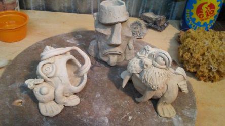 Frog Walrus and Moai by J-Knez