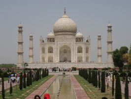 Taj Mahal from Distance by version3