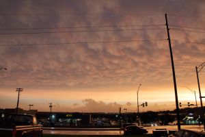 06-11-2018 - Mammatus Sunset - Omaha, NE by WxKnowltey