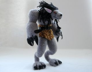 World of Warcraft: crochet Worgen figurine by tinyAlchemy