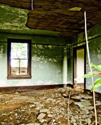Forlorn Habitation by alimuse