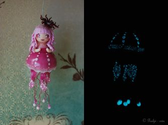 Jellies - Spotted Jelly by PoulpinetteCreations