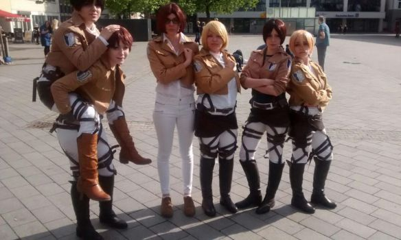 Attack on Titan group by KuriTails