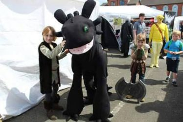 Finished Toothless Hiccup and Astrid Cosplay for S by BigMamaBear