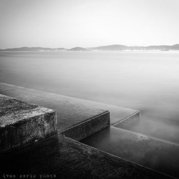 Acros the channel by ivancoric