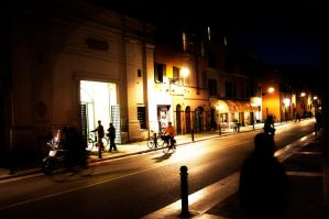 Night in Parma by ziobill