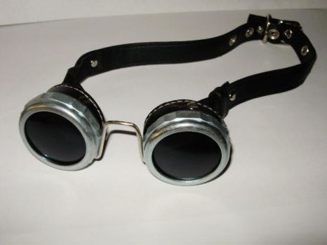 Steampunk Welder's Goggles by Elvelon