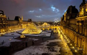 Louvre by DreamHumanSacrifice