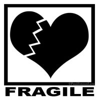 Fragile by nesnejluap