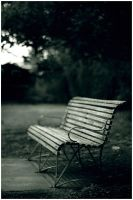 Park Bench by hiritai