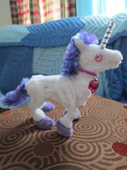 Small Pipe Cleaner Unicorn by DarkSaberCat