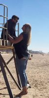 Tall girl tiny husband beach by lowerrider