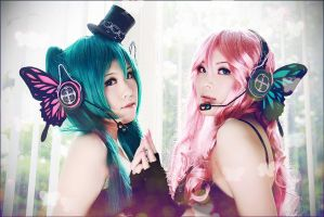VOCALOID : like a MAGNET by kaziest