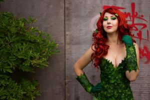 The Poison Ivy by blue-potions