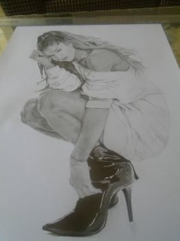 ariana grande by realistic-drawinges