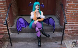 Perched Morrigan by IchigeiCosplay
