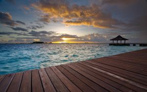 Maldives - Sunset by hazmee