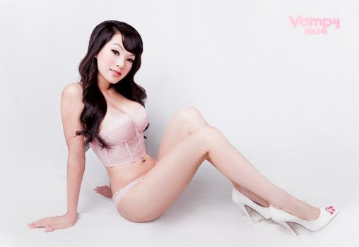 Pinky Pinup 4 by VampBeauty