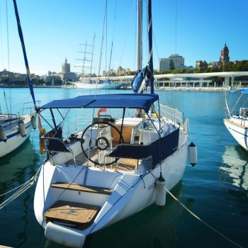 Boat in port by anyffe