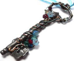 Passage Skeleton Key Necklace by sojourncuriosities