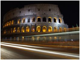 Colosseo by 121divided121