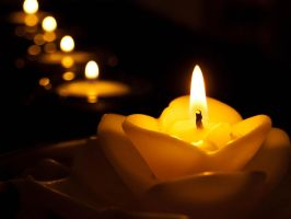 Candles without lonelyness by sandrability