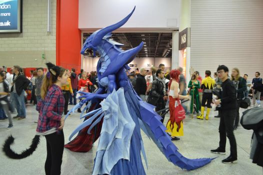 MCM Comic Con 2016 - FF8 Bahamut Cosplay 5 by GIGAN05