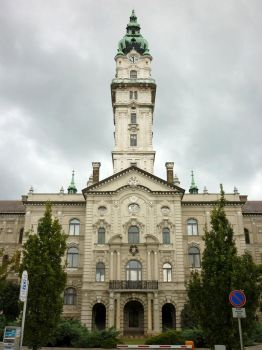 City hall Gyor, the other side by glanthor-reviol
