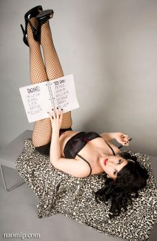 Burlesque dancer: Lucy Buttons by NaomiNekro