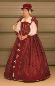 Elizabethan Court Gown by Sianw