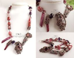 Pink and purple necklace by ukapala