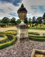 Gardern Urn by supersnappz16