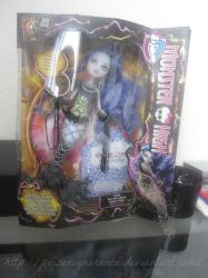 Monster High - Sirena Von Boo by PoisonIgnorance