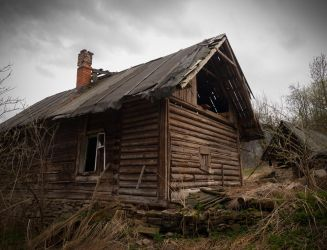 Abandoned wooden house by Gundross