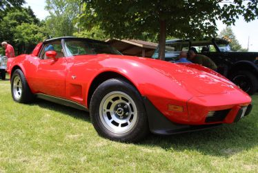 77 Vette by PhotoDrive