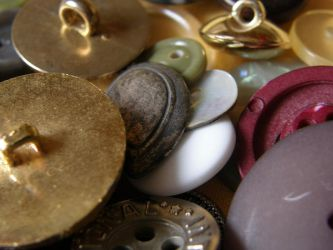 Buttons 6 Macro pile by Gwathiell