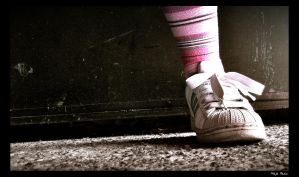 Lonely Sneaker by grini