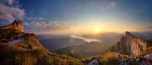 Sunrise on the Schafbergspitze by photoplace