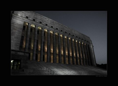 Parliament House in Helsinki by Tigru