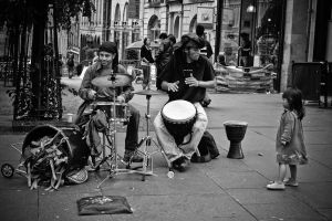 Rockin' out. by doches