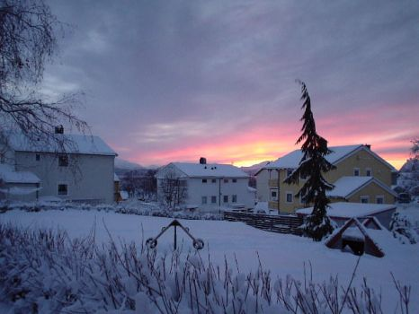 sunset in molde by odinspaladin