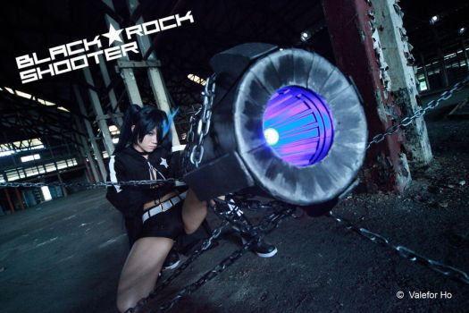 Black Rock Shooter Cosplay I by ValeforHo