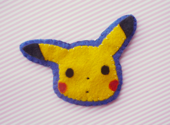 Pikachu brooch by Kyandi-charms