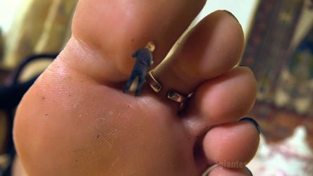 Giantess Loryelles Tasty Date SFX 007 by GiantessLoryelle