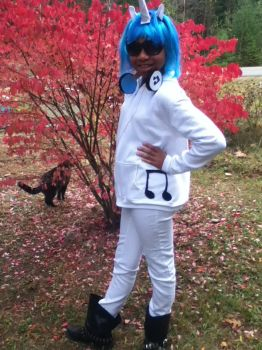 DJ Pon 3 Cosplay #2 by WoonaTheAdorable