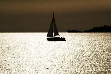 Sailing into the gold by p0p0c4t3p3t3l