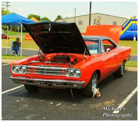 A 1969 Plymouth Road Runner by TheMan268